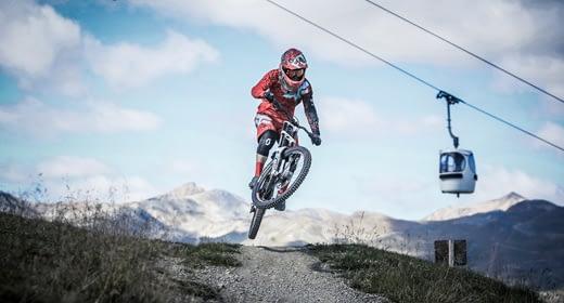 Rider sentieri Mottolino Bikepark telecabina