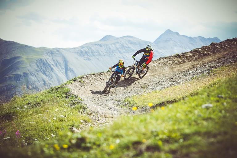 downhill junior sui sentieri Mottolino