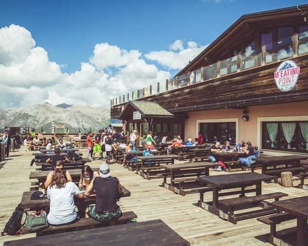 Terrazza panoramica del M'eating Point al Mottolino Livigno